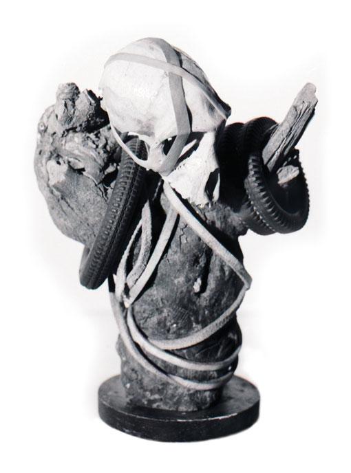 Sculpture - Halsnoor /Necklace 1986